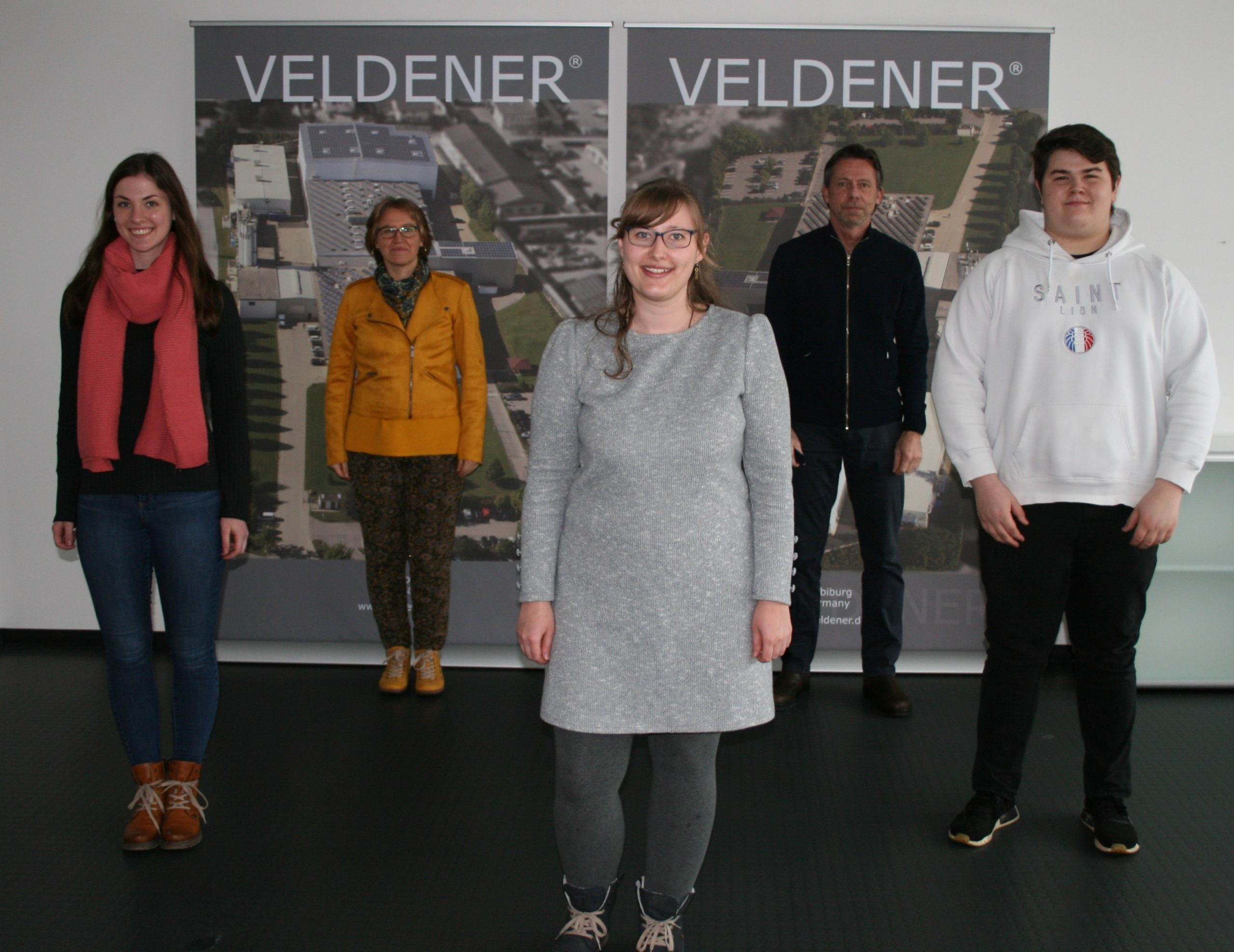 Auf dem Bild von Links nach Rechts: Franziska Königbauer, Andrea Ostermaier, Anya Ulrich, Hans-Peter Späth und Lukas Heindl